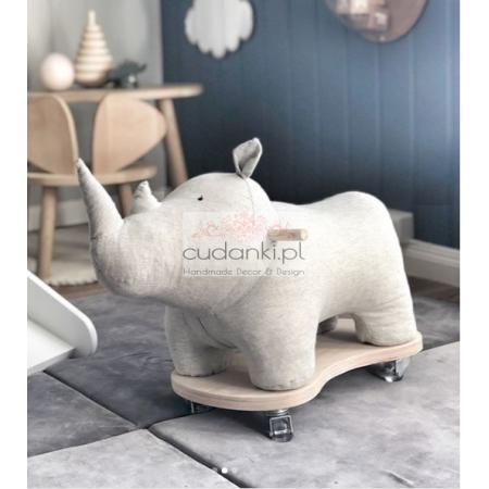 Jeździk nosorożec kolory w stylu skandynawskim