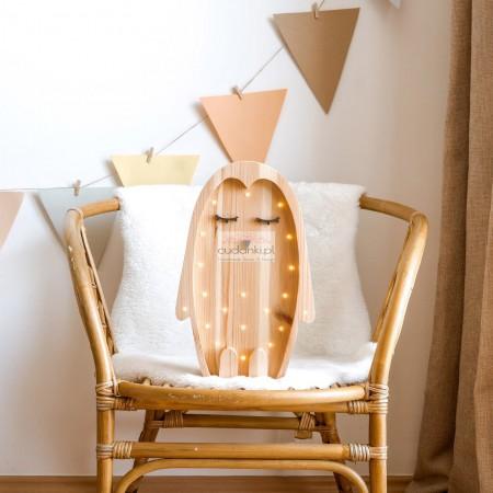 Drewniana Lampka Pingwin – widoczne drewno