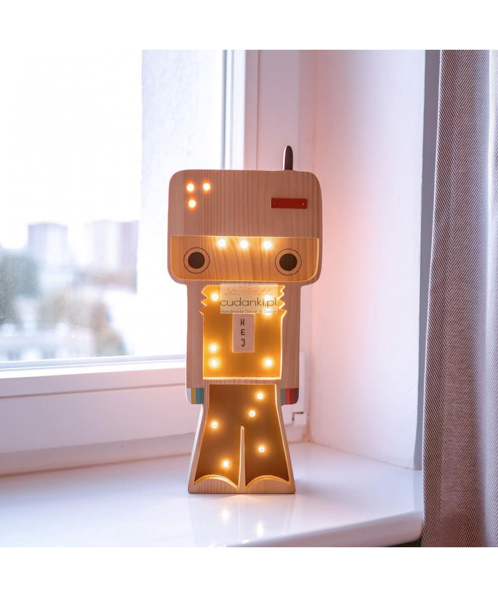 DREWNIANA LAMPKA ROBOT