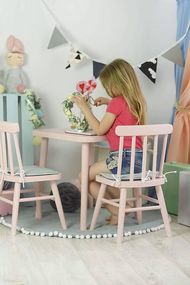 Drewniany stolik retro komplet VINTAGE dla dzieci