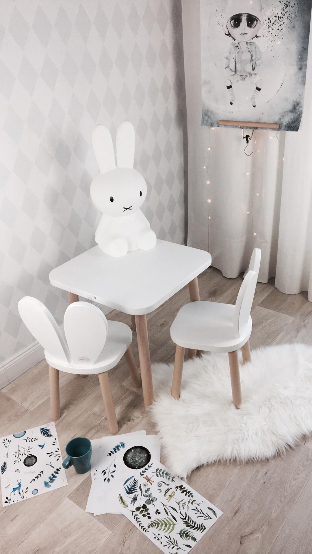 meble dla dzieci krzesełka drewniane królik króliczek