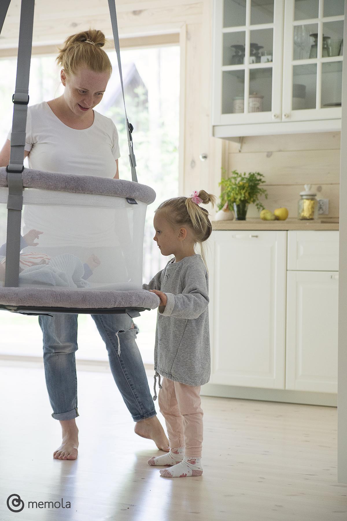 Kołyska huśtawka multisensoryczna bujawka do pokoju dziecka kosz wiszący kołyska multisensoryczna memola